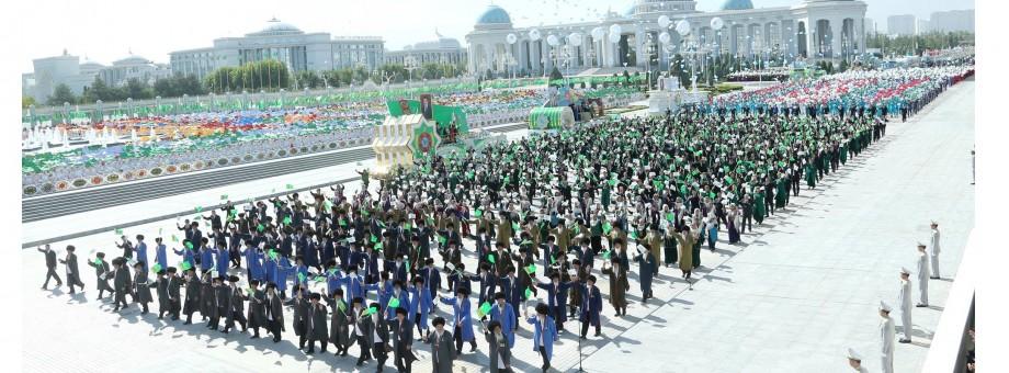 President Gurbanguly Berdimuhamedov participates in the