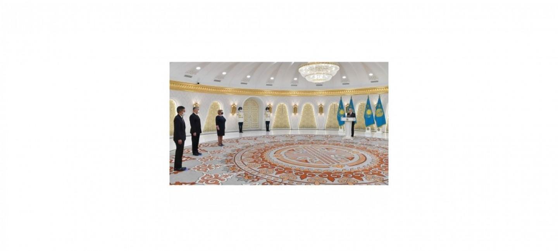 TÜRKMENISTANYŇ GAZAGYSTAN RESPUBLIKASYNDAKY ILÇISI YNANÇ HATLARYNY GOWŞURDY